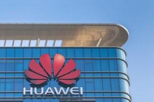 dollar, Yen Strengthens against the Dollar on Huawei Arrest