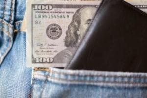 Dollar, Dollar Struggles on Fed Rate Speculation
