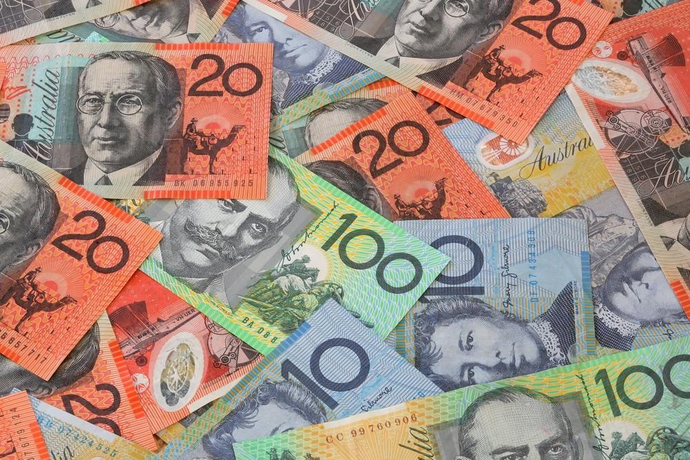 Wibest – the AUD: Australian dollar bills.