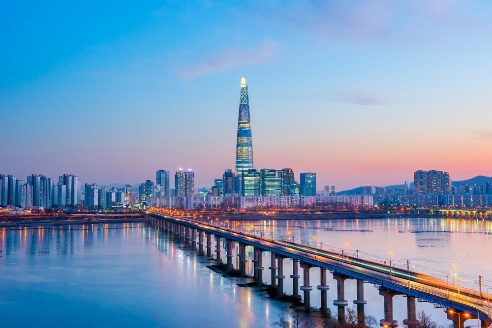 Wibest – Japanese: Skyline of Seoul, South Korea