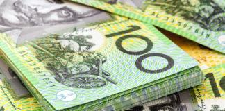 Wibest – GBP AUD: A stack of hundred Australian dollar bills.