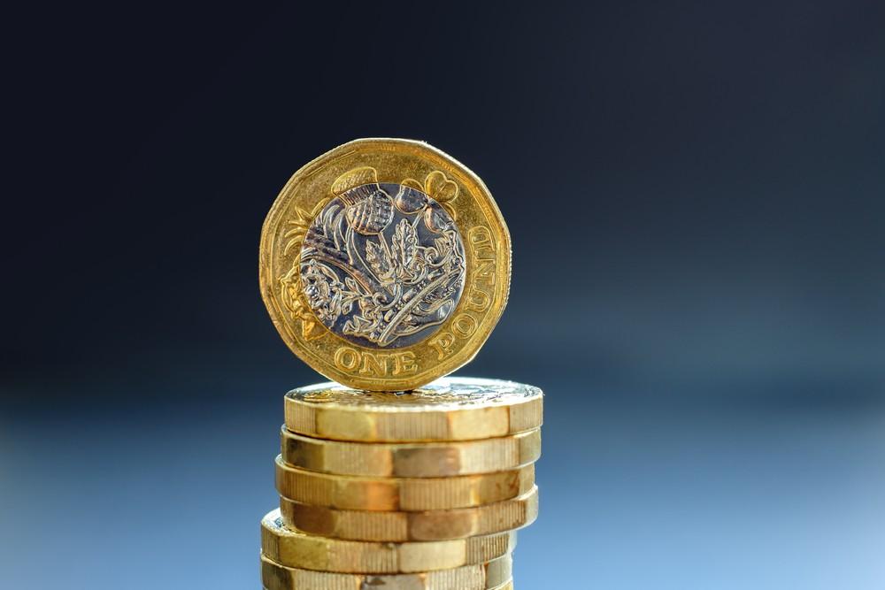 Wibest – Irish Prime Minister: British pound coins.