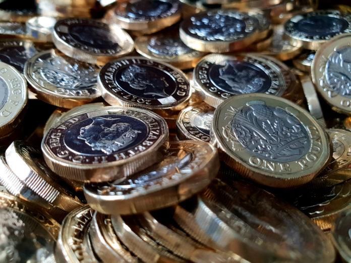 Wibest – Pound Money: Pound sterling coins.