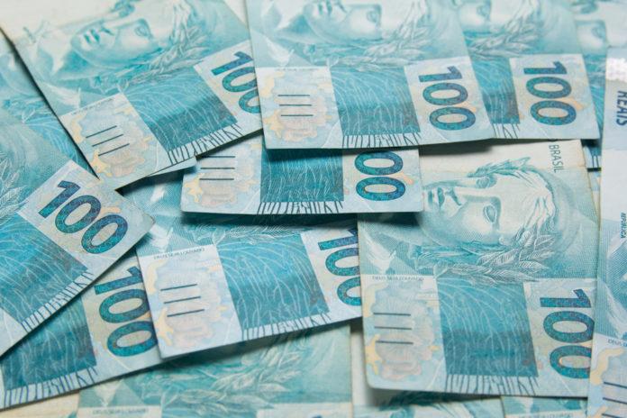 Wibest – Brazilian real bills.