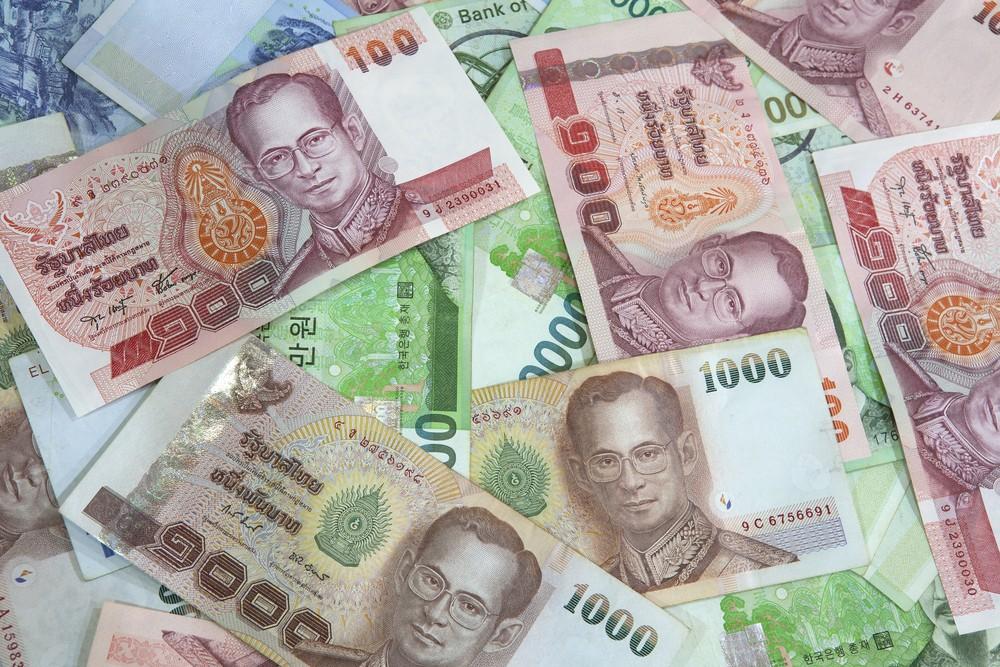 Wibest – Thai: Thai baht bills.