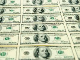 Wibest – US Federal Reserve: US dollar bills.