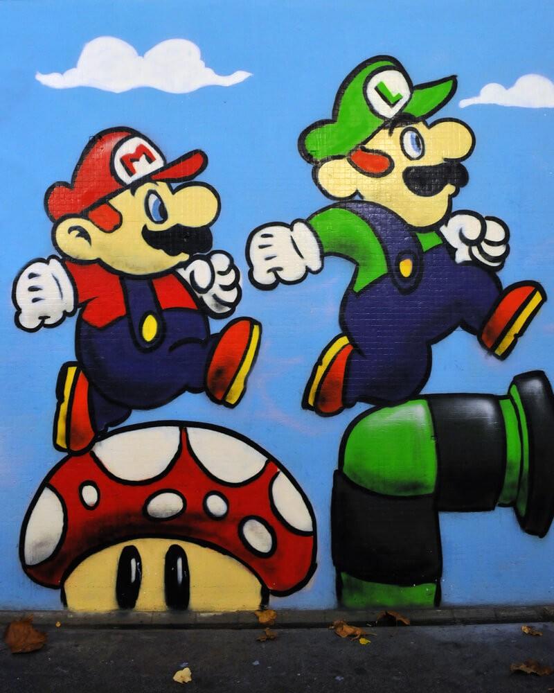 Graffiti piece of Nintendo's Mario and Luigi.