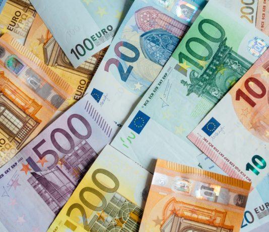 European currencies decline while U.S. dollar rallies again