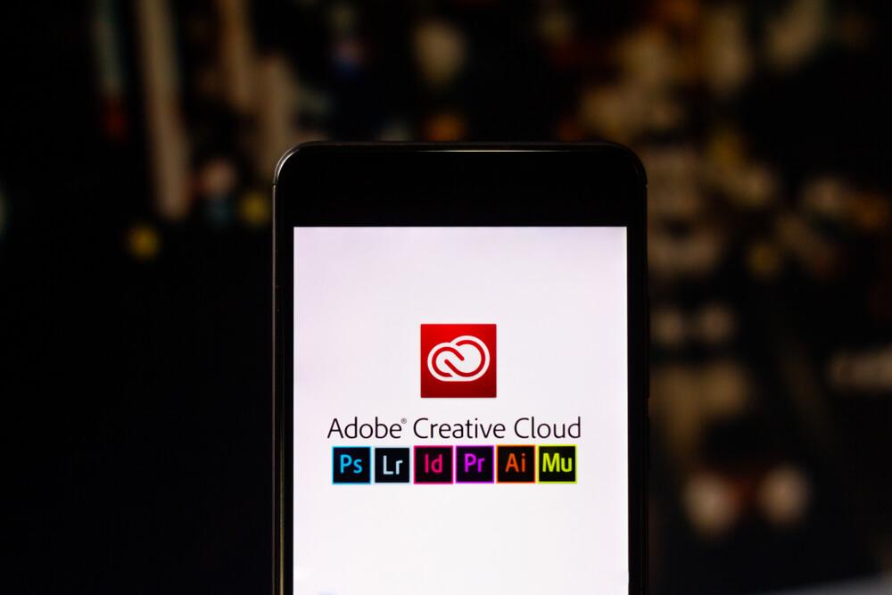 Adobe Creative Cloud, logo displayed.