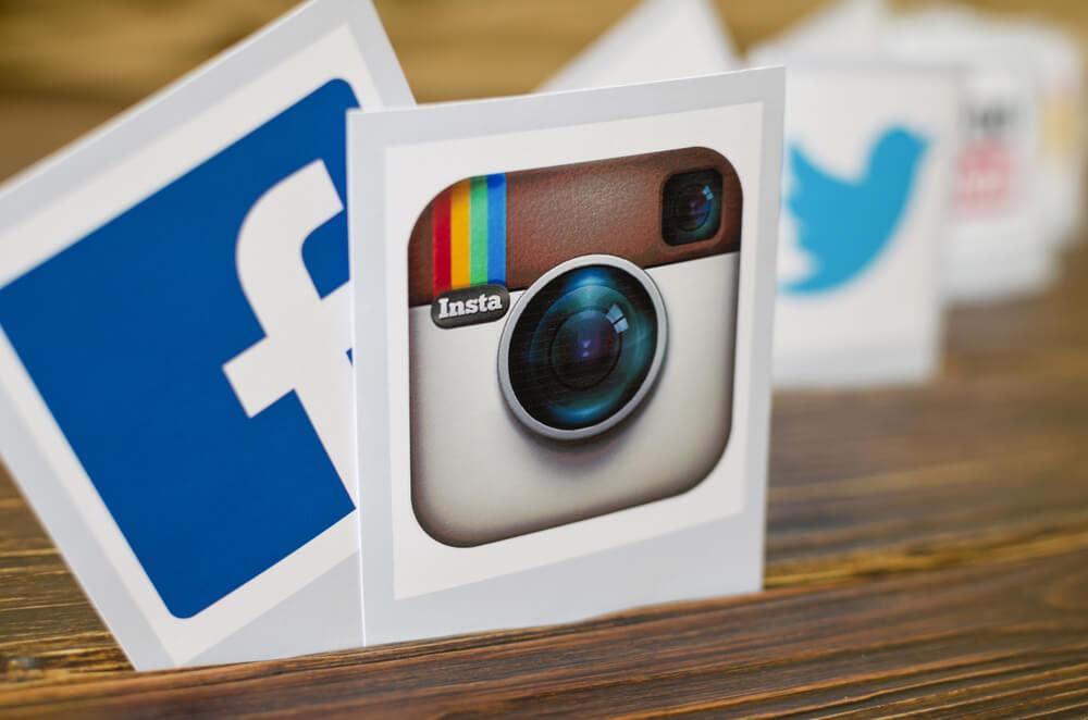 Most popular social media icons: Facebook, Instagram,Twitter.