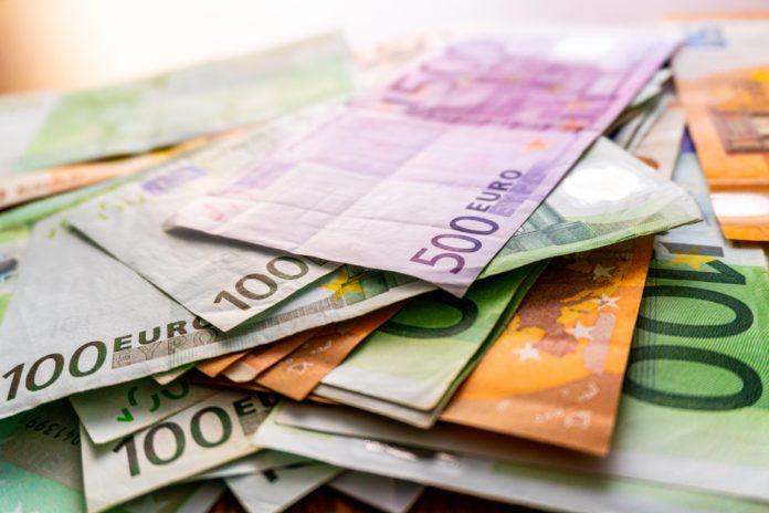 Euro and dollar