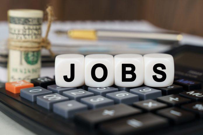 Dollar Fell Ahead of U.S. Jobs Report for June