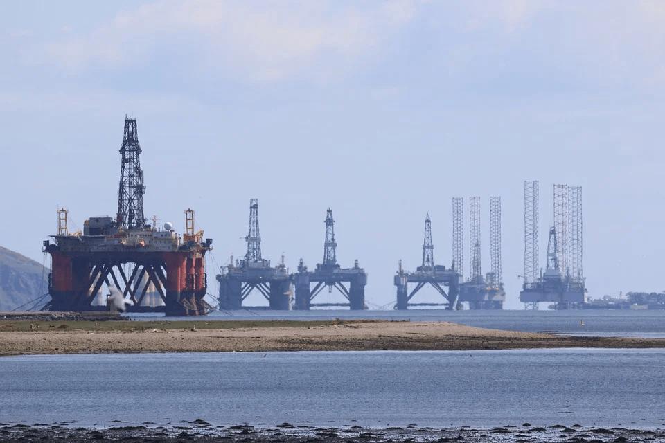 Oil drops as rising coronavirus reduce fuel demand